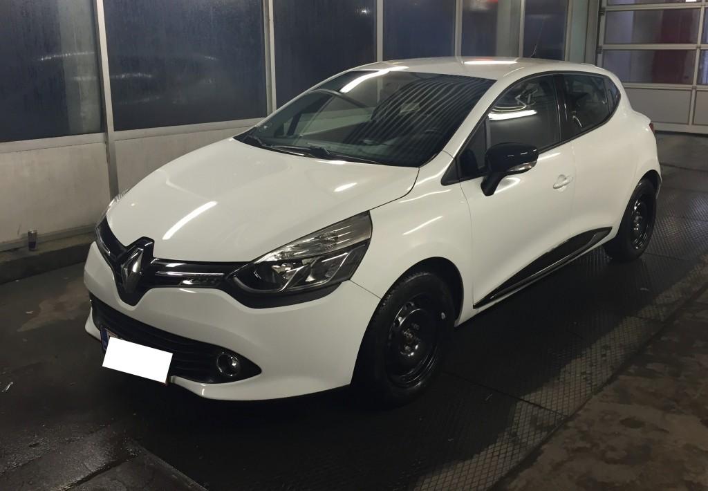 Clio front